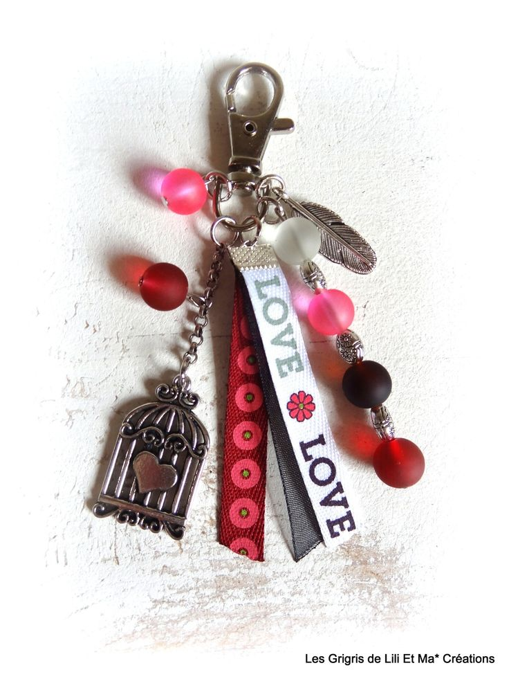 "Bijou de sac, grigri, Lili et Ma* Créations ""L O V E"" : Porte clés par lili-et-ma-creations"