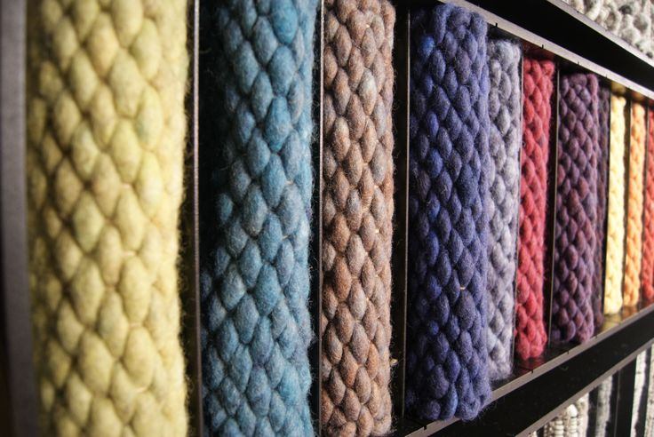 17 best images about perletta carpets brandstore on pinterest carpets wool and poufs - Pouf eigentijds ontwerp ...