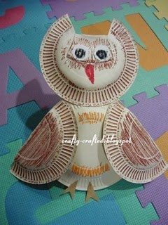 Paper plate owl. Looks like fun! could be a fun activity at closed house