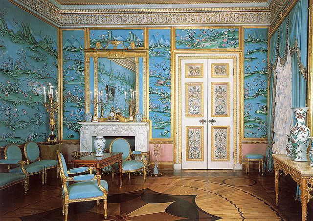 I have been obsessed with this wallcovering for years. The Chinese drawing room at the Catherine Palace, Tsarskoye Selo.