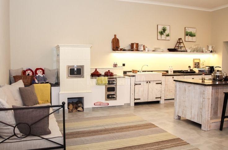 Nepoznává někdo tuto krásnou kuchyň? Škoda, že na tom sporáčku pan Pohlreich něco nevykouzlil :-)  #sporak#stove#kachlakzy#pec#pohlreich#kuchyn# kitchenstove