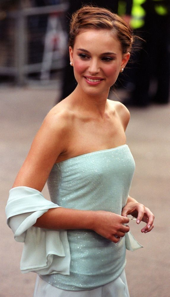 Natalie Portman   Natalie portman, Celebrities, Actresses