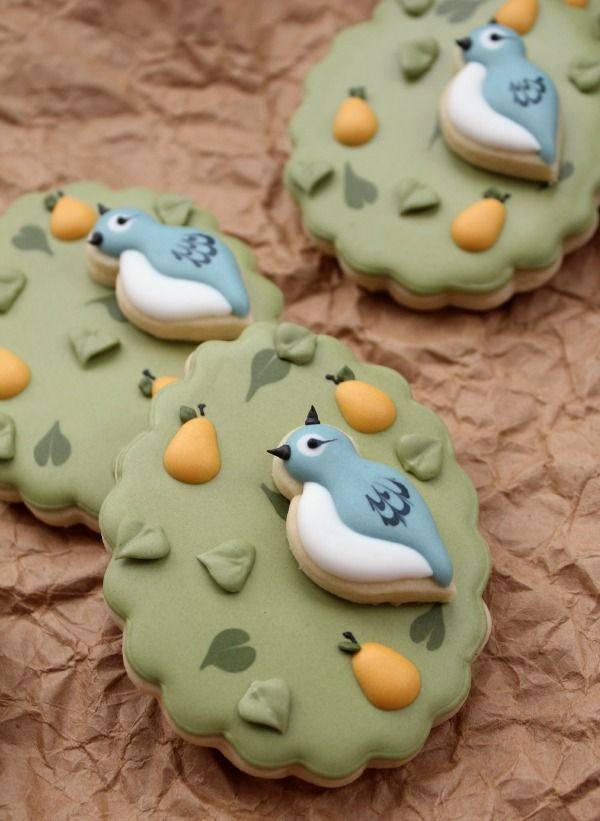 Twelve Days of Christmas Cookie Project - Callye goes first!  Partidge in a Pear tree cookie by Sweet Sugar Belle