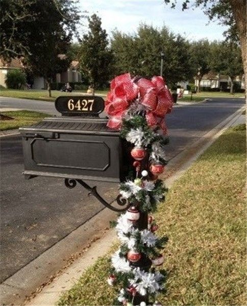 25 best Decorate Your Mailbox In Christmas Style images on Pinterest ...