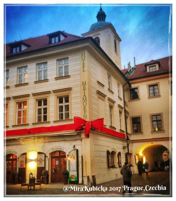 #ungelt #prague #praha #prag #praga #oldtown #restaurante #hotel #night #czech #czechia #cesko #czechrepublic #ceskarepublika #česko #history #heritage #travel #2017 #photography #photo #myphoto