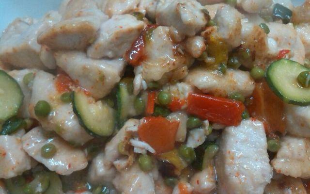 pepite di pollo piccanti con verdure