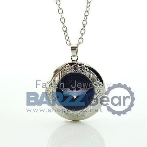 Novelty funny Superhero case for BT manpendant vintage silver color bat pattern locket necklace cool super hero jewelry HH247