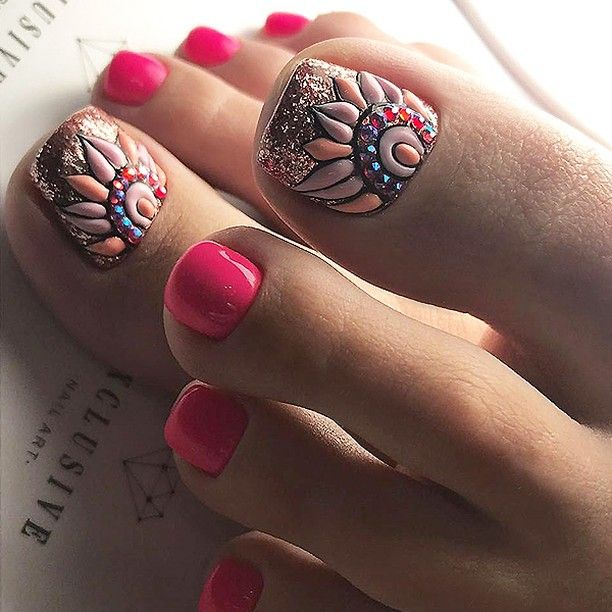 Never thought I'd say this about toenails, but these are gorgeous!