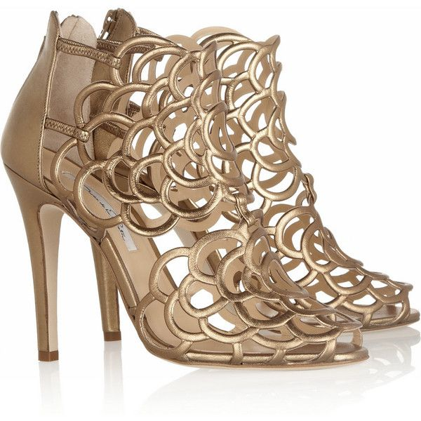 Oscar de la Renta Gladia metallic leather sandals ($245) ❤ liked on Polyvore featuring shoes, sandals, heels, strappy leather sandals, metallic strappy sandals, metallic sandals, strappy high heel sandals and high heeled footwear