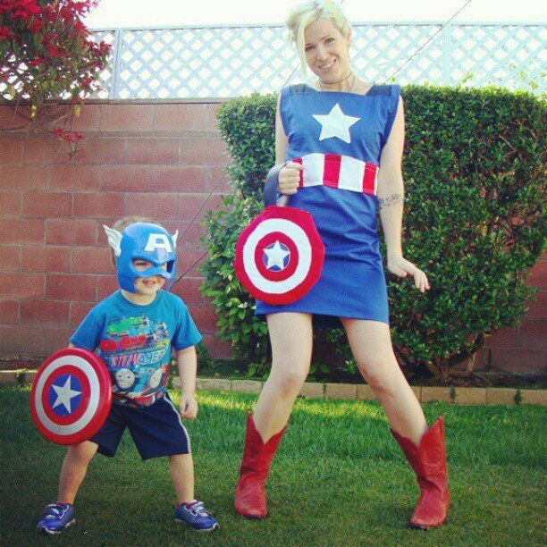 49 best cool costumes images on pinterest costume ideas cosplay chick version captain america costume love it solutioingenieria Image collections