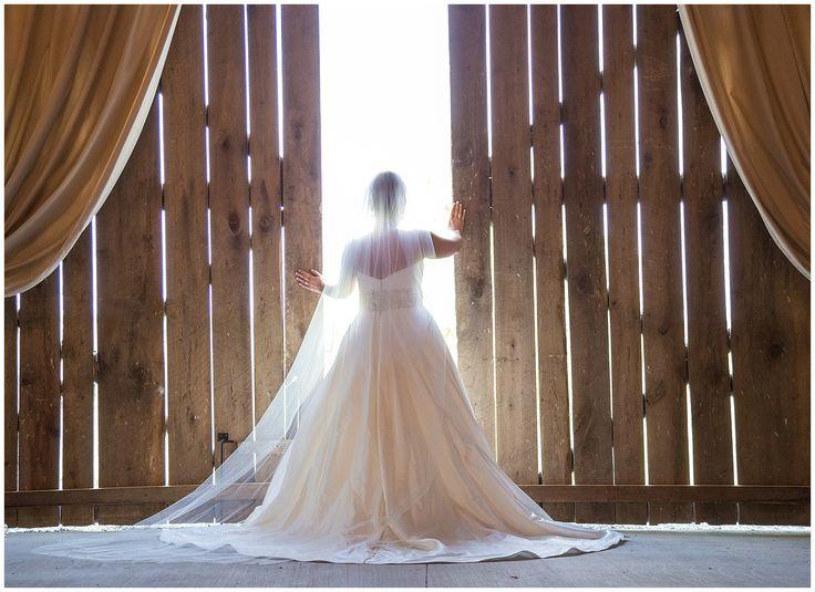 Wedding At Warrenwood Manor A Beautiful Elegant Rustic Venue Located In Danville Kentucky