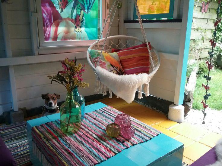 """Ik wilde al heel lang mijn eigen  """"Hippie Ibiza Style""""  lounge plekje/tuinhuisje in de tuin om lekker te ontspannen  na een lange dag en om weer even op te laden. Dit huisje met de toepasselijke naam """"Happinezz"""" was ooit een pergola gemaakt door mijn vader en nu omgetoverd door mijn lief vriendje tot een heus ibiza style huisje!https://m.facebook.com/story.php?story_fbid=1357715087642893&id=100002132439724"""