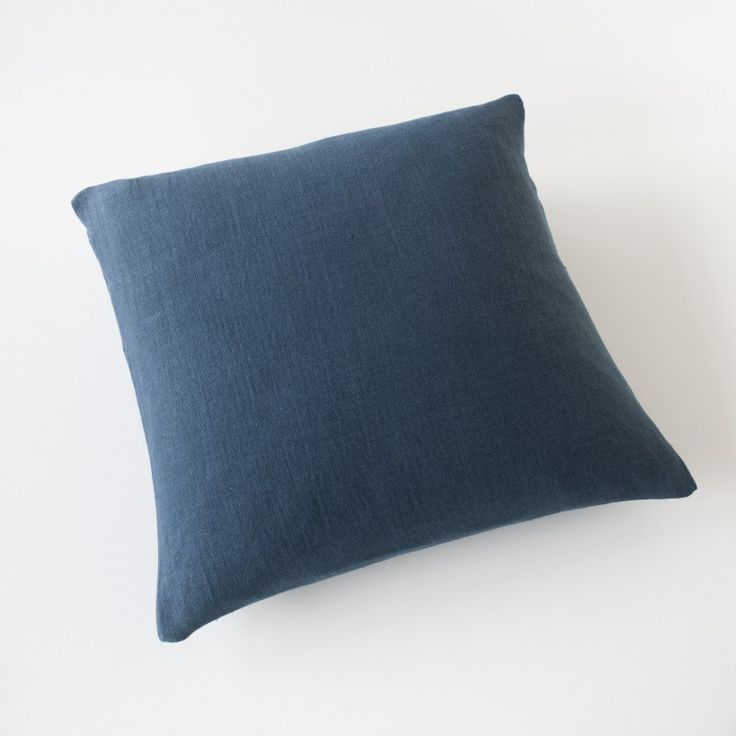 housse de coussin 65x65 en lin natt bleu nuit 100 made. Black Bedroom Furniture Sets. Home Design Ideas
