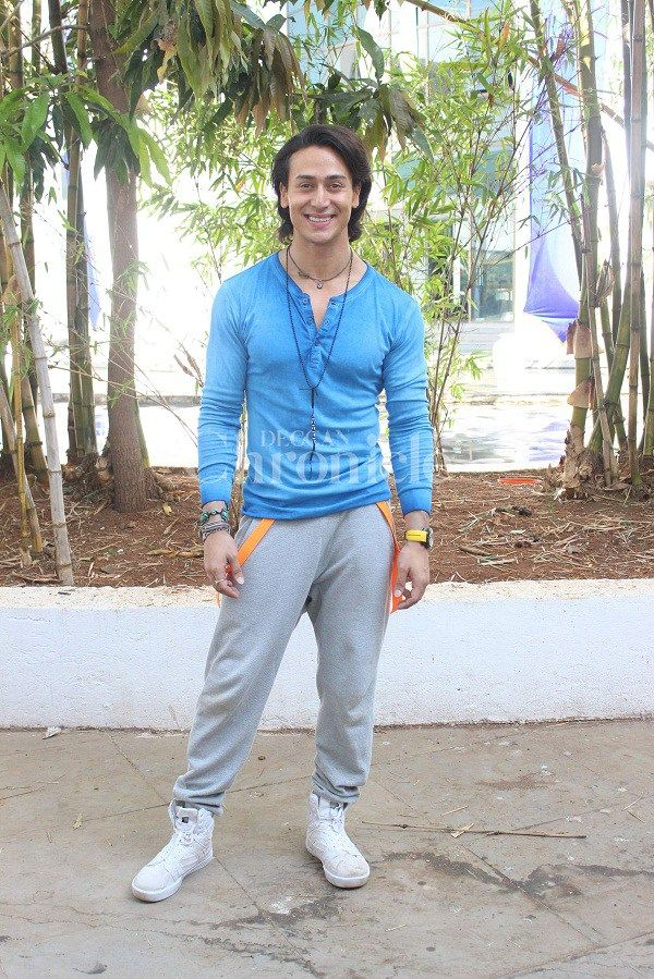 Tiger Shroff Height, Weight, Biceps Size Body Measurements