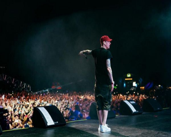 Eminem New Album 2016 Cancelled: New TV Show And Concerts Keeping 'Rap God' Busy? - http://www.morningledger.com/eminem-new-album-2016-cancelled-new-tv-show-and-concerts-keeping-rap-god-busy/1363956/