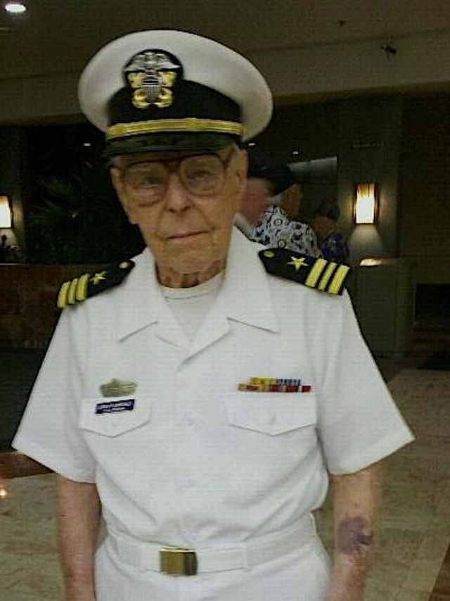 Oldest survivor of Pearl Harbor's USS Arizona dies