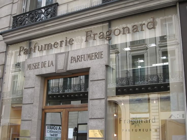 32 best images about perfumeries of grasse on pinterest shopping in paris - Fragonard boutiques paris ...