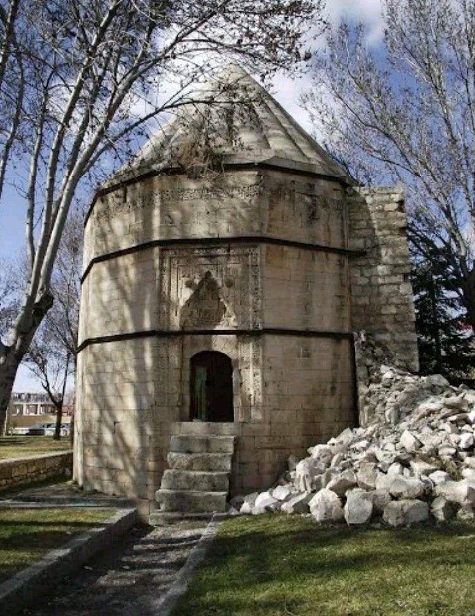 Karamanoglu Alaaddin Ali Bey shrine-Constructive: Unknown-Built year: Unknown-Karaman (Alaaddin Ali Bey is the husband of Nefise Sultan, the daughter of Sultan Murad I. He was executed by Sultan Bayezid I (Yıldırım) in 1998)