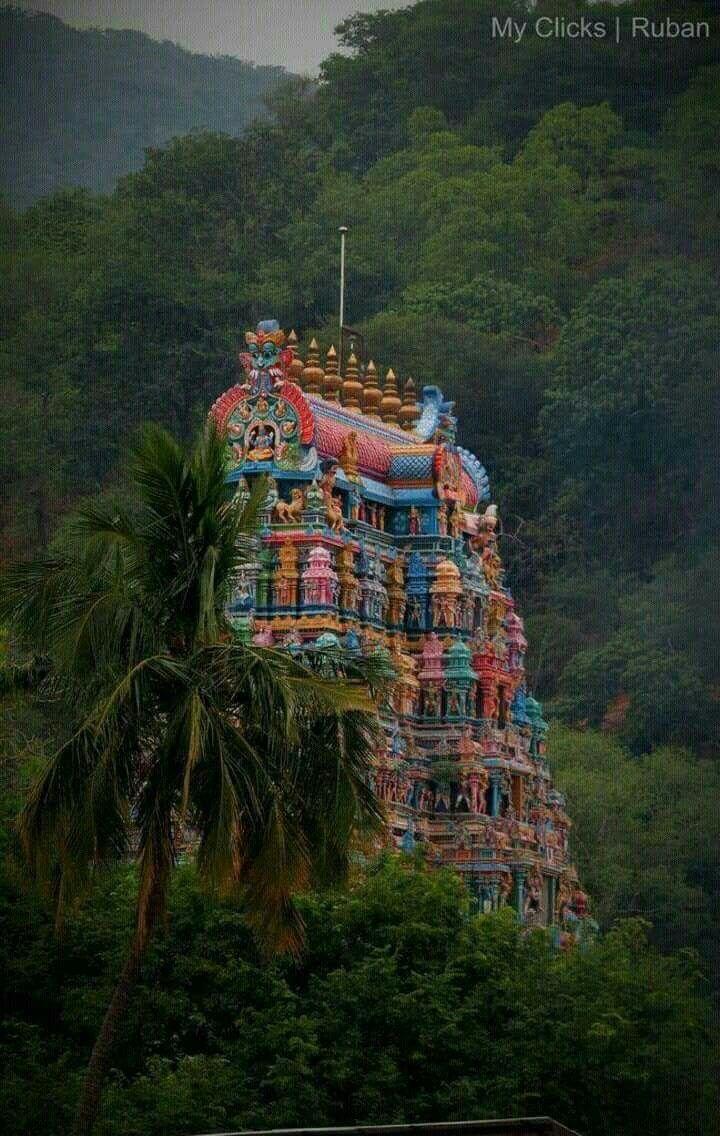 Meenakshi Amman Temple. Madurai, Tamil Nadu, India