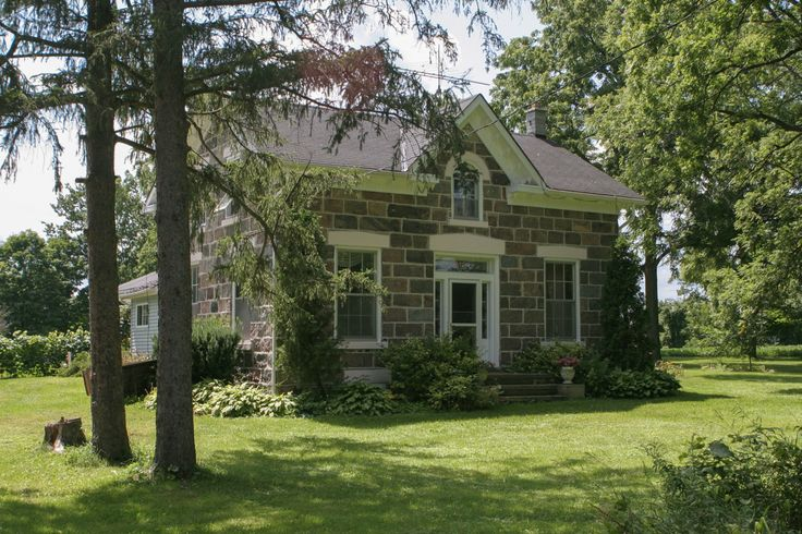 This classic ontario farmhouse was due for an update for Ontario farmhouse plans