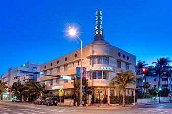 Image of Essex House Hotel, Miami Beach