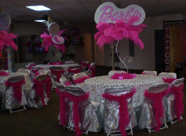 Barbie table centerpieces