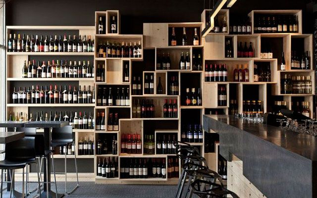 17 mejores ideas sobre estantes de vino en pinterest decoraciones con pal s decoraci n de - Estantes para vinos ...