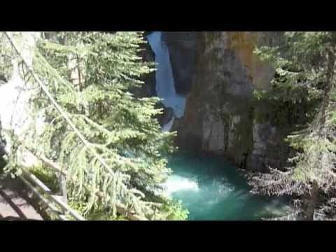 Johnston Canyon Resort | Lake Louise & Banff Cabins & Cottages