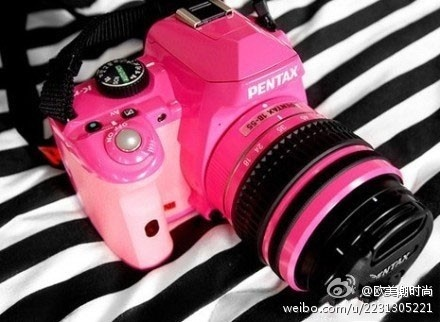 pink pentax! i want!