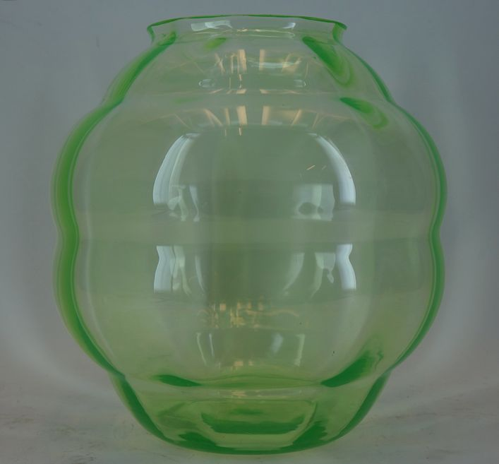 Leerdam Holland, 'Anna'-green vase