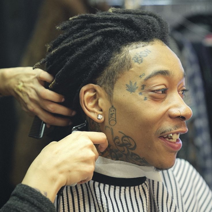 Wiz Khalifa 2017 Groom Guy S In 2019 Mens Braids