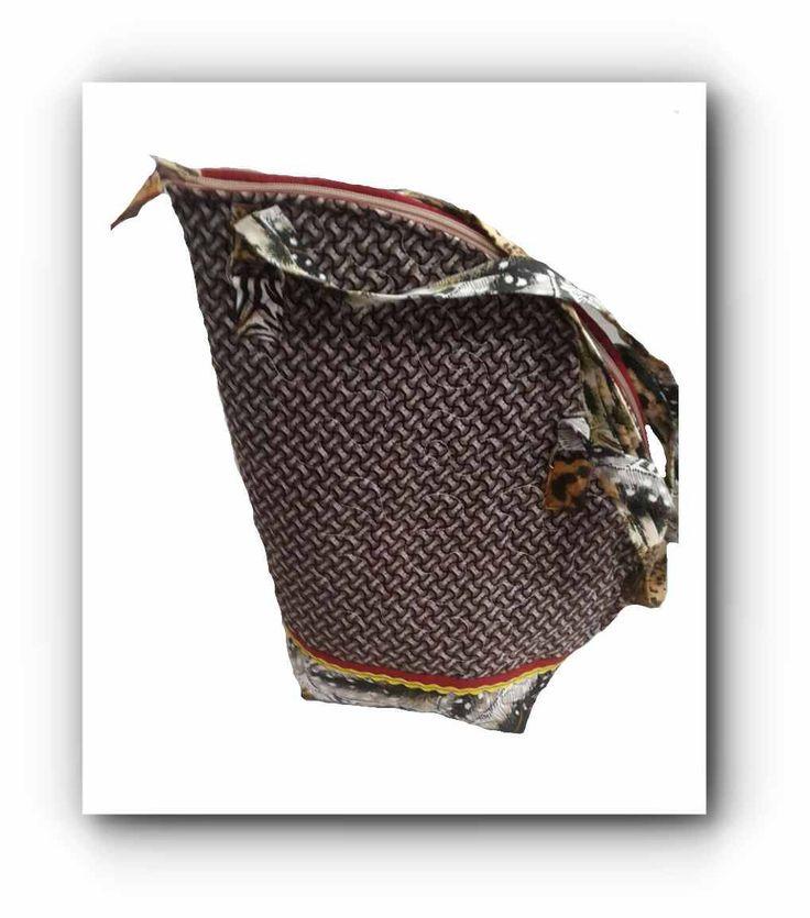 "Brown Shweshwe African print Shoulder bag 10""x15"" by gogothabo on Etsy"
