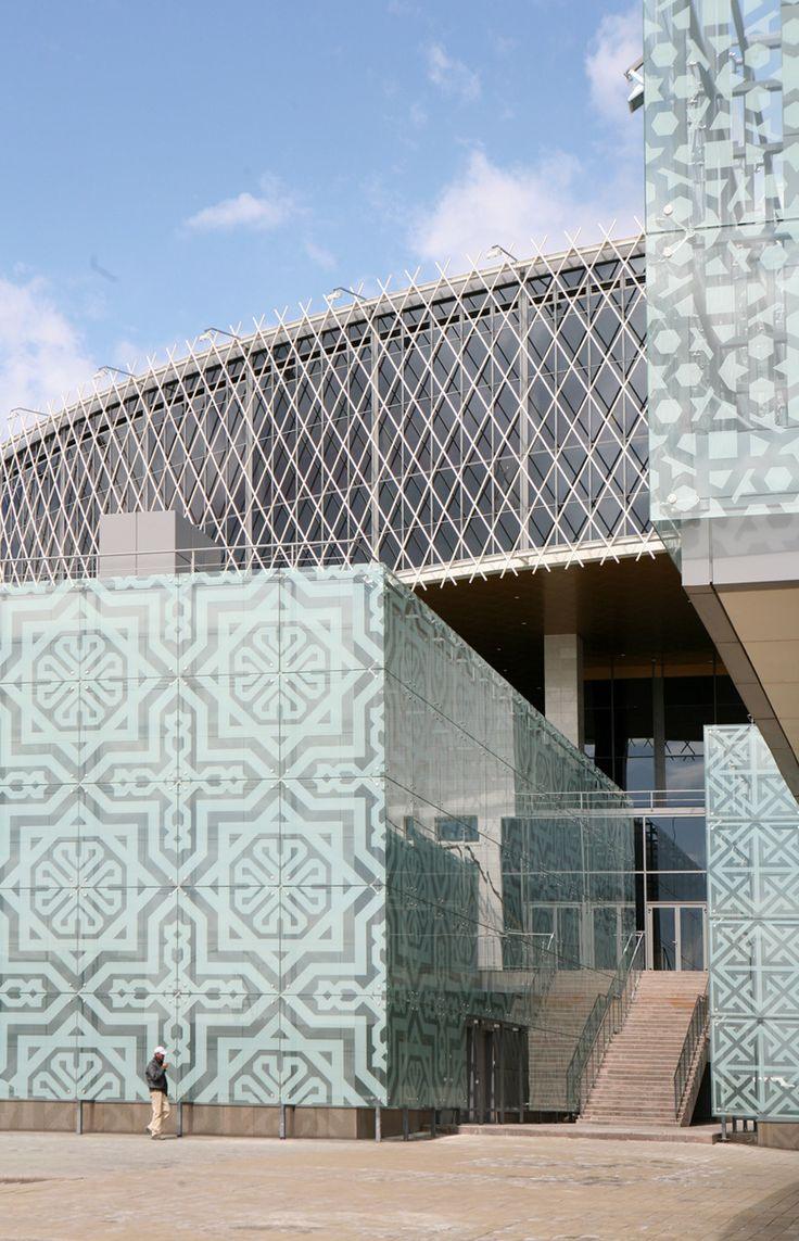 Palacio de los Escolares / Studio 44 Architects
