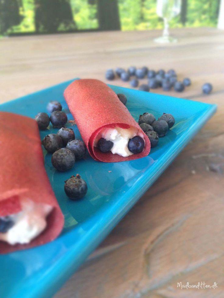 Frugtlæder med banan-blåbær-hytteost-fyld