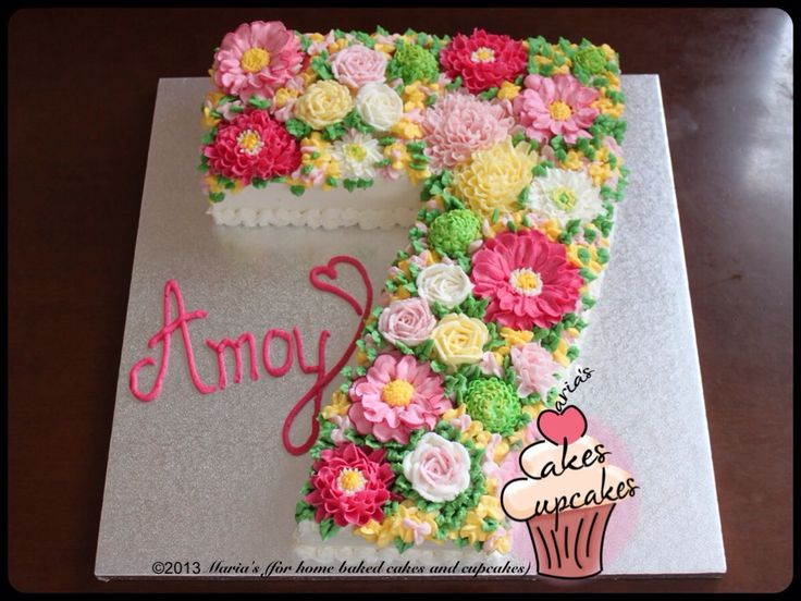 Buttercream flowers on a number 7