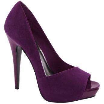 Purple shoes. bridesmaids-for-lauren