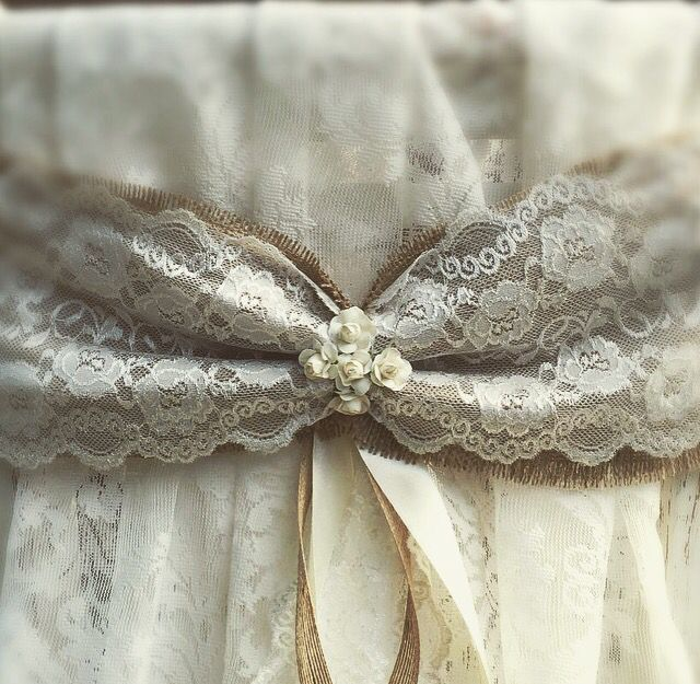 Vintage chair bows