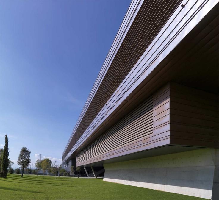 Studio Ricatti - Diesel Headquarters - #giardinipensili #greenroofs #verde #greenbuilding - coperture a verde realizzate con sistema Perliroof www.perligarden.com
