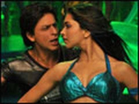 Love Mera Hit Hit (Video Song) | Billu Barber | Deepika Padukone | Shah Rukh Khan - YouTube