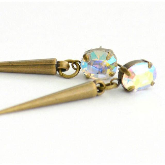 Swarovski Crystal AB Antiqune Bronze Spikes Earrings on Carousell