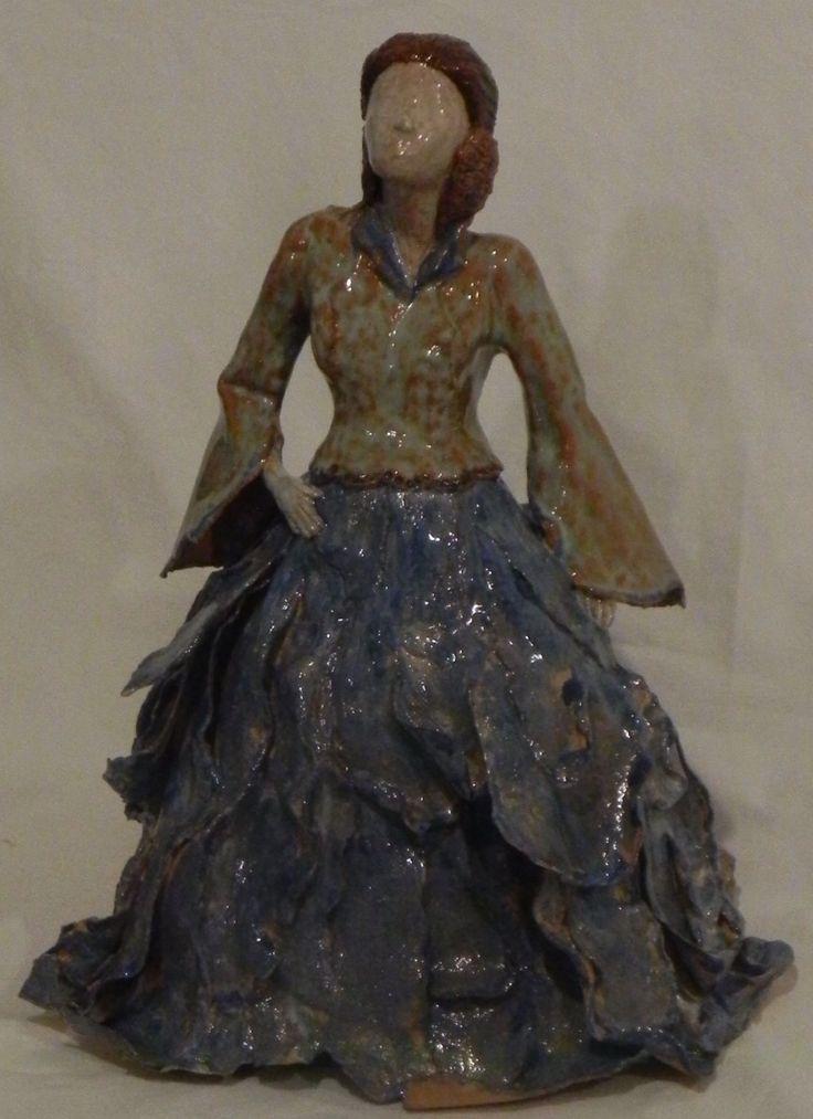 Escultura en Papel Cerámico Janet Molina U.C. de Chile