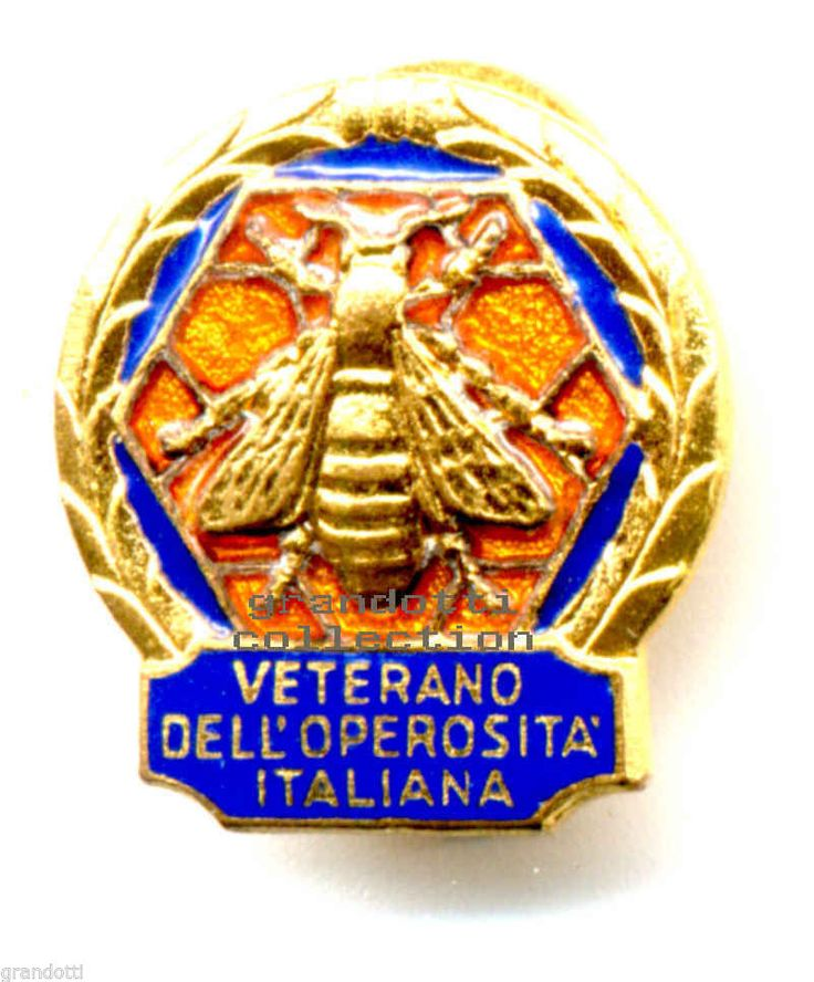 APE D ORO VETERANO DELL OPEROSITÁ ITALIANA VECCHIO DISTINTIVO JOHNSON
