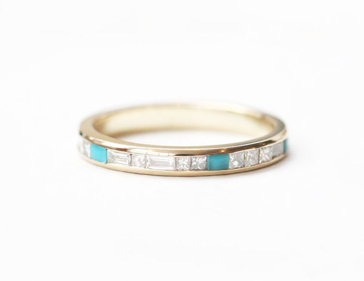 24 Non-Traditional Engagement Rings #theeverygirl