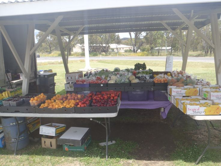 Stanthorpe in Stanthorpe, QLD; Fresh fruit from the region