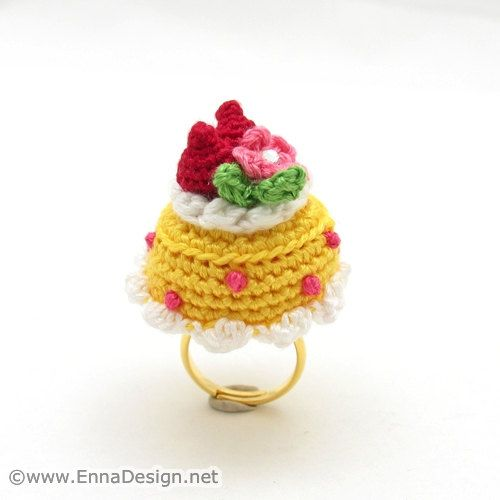 Miniature Amigurumi Cake Ring - Strawberry Field Cake RG ...