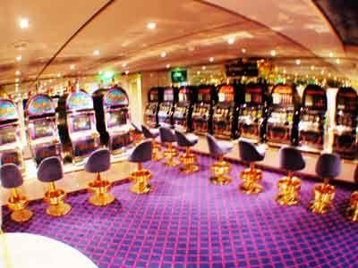 Roulette  gambling game  Britannicacom