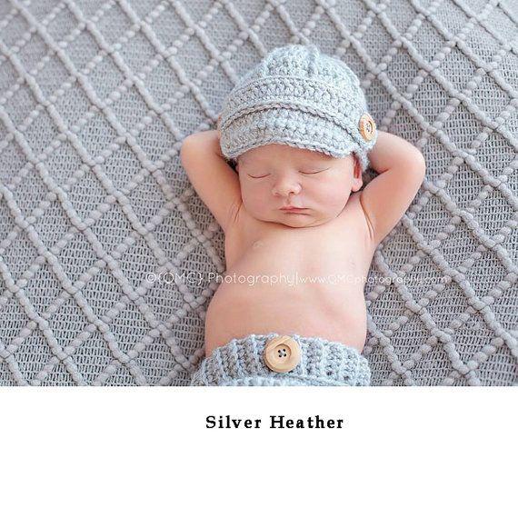 Vêtements de bébé, prendre la tenue, Bonnets bébé nouveau-né, bonnets pour bébés bébé, chapeaux de l'hôpital, cap Bienvenue bébé maison, cadeau de shower de bébé, casquettes Gavroche  Etsy est un espace limité de 70 options de couleur, si vous aimez nimporte quelle couleur de 70 à 79 sil vous plaît choisir couleur 80-une autre couleur et écrivez votre couleur dans loption « Notes de vendeur » au processus de paiement.  Si vous souhaitez changer les boutons pour votre chapeau de bébé sil vous…