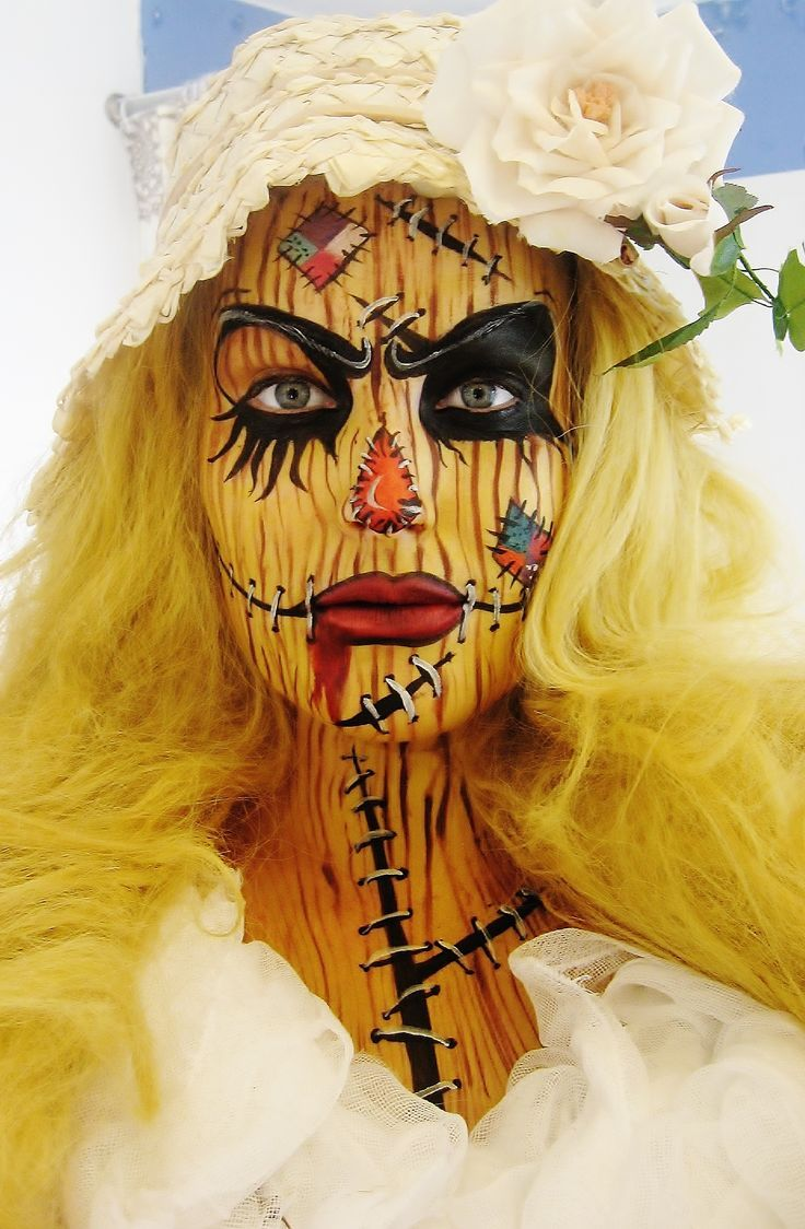 Scarecrow face paint and makeup halloween cool creepy and yet kind of pretty: