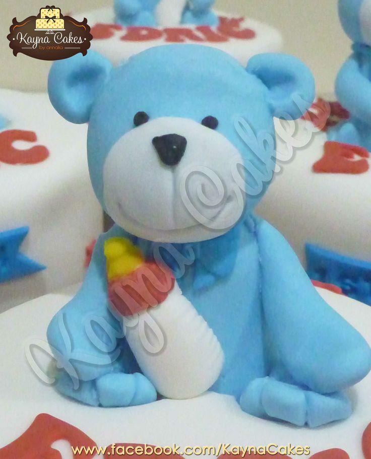 Blue teddy bear for Edric's manyue cake