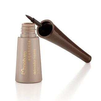 Agite el producto y retire el exceso del pincel.. Aplicar en los párpados, cerca de la raíz de las pestañas en la esquina interior y deslice hacia la esquina exterior de las pestañas.